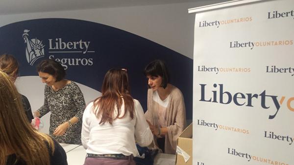Mercadillo_solidario_2016_Liberty seguros_