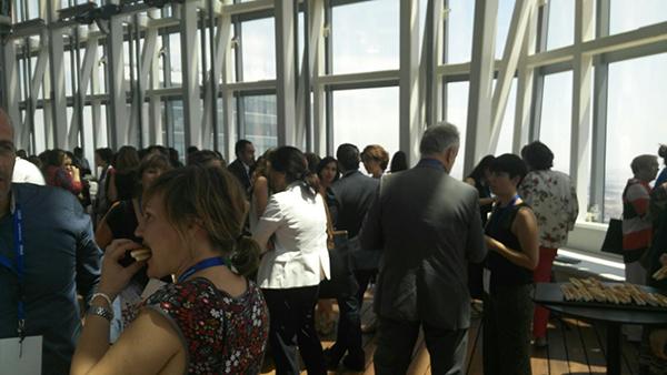 networking aniversario voluntare medicion voluntariado corporativo