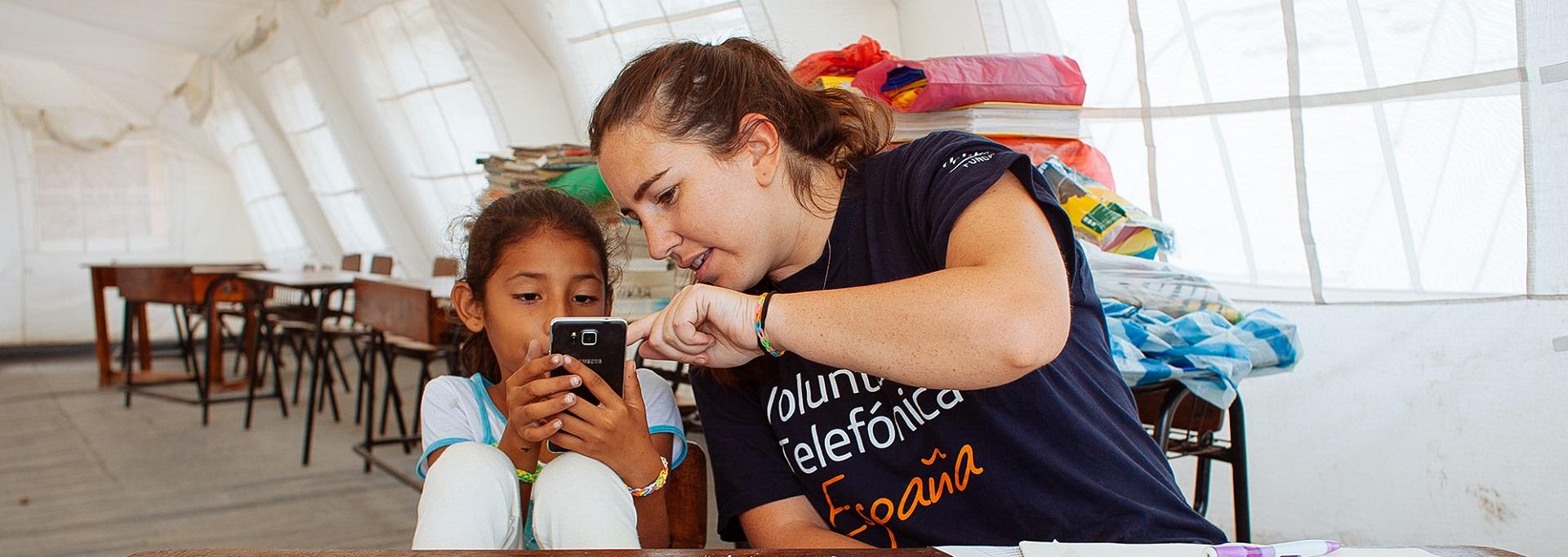 Voluntarios Telefonica vacaciones solidarias fundacion telefonica