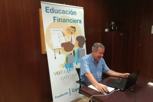 formacion virtual educacion financiera cajasol a lanzaderas empleo fundacion santa maria la real voluntariado corporativo